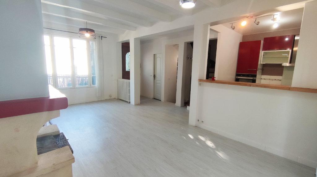 Maison a louer nanterre - 6 pièce(s) - 136.43 m2 - Surfyn
