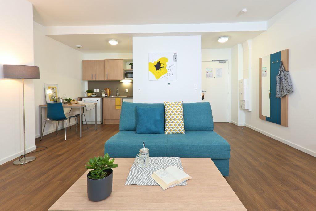 achat studio 22 m paris 13e 215 000. Black Bedroom Furniture Sets. Home Design Ideas