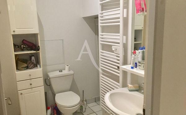 Achat appartement 1 pi ce 40 m bordeaux 213 650 for Achat appartement bordeaux chartrons