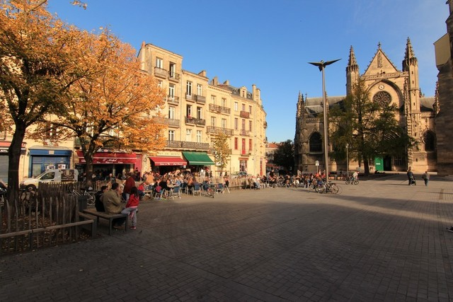 L immobilier bordeaux capucins saint michel 33800 for Appartement bordeaux quartier saint pierre