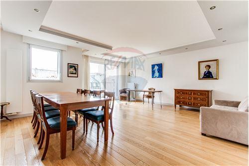 Appartement 4pièces 101m² à Paris 16e