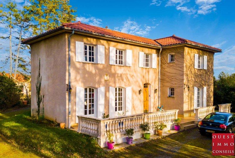 Maison 5pièces 170m² Charbonnières-les-Bains
