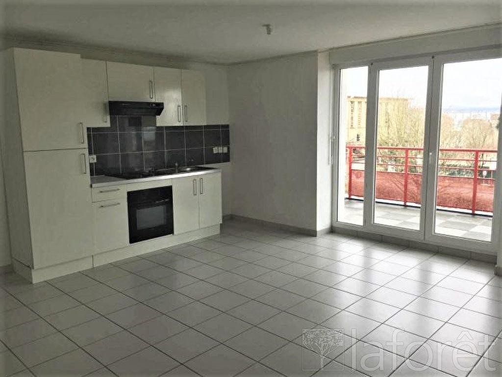 Appartement Sochaux 3 pièce(s)