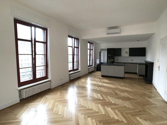 PLACE GUTENBERG - Spacieux 5 pces neuf de 142m²