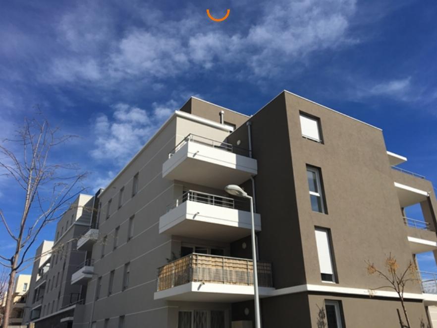 Studio avec terrasse et parking à Avignon