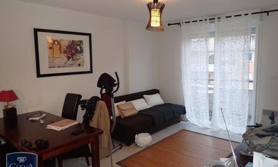 apr s un demi si cle d activit les meubles delmas tirent le rideau gaillac 01 02 2019. Black Bedroom Furniture Sets. Home Design Ideas