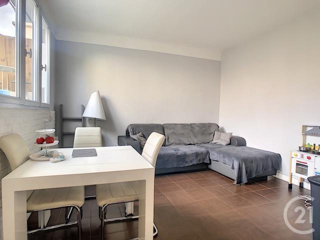 Appartement a vendre nanterre - 3 pièce(s) - 49.5 m2 - Surfyn
