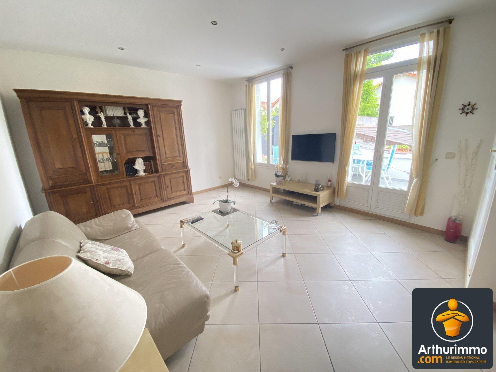 Maison a vendre nanterre - 4 pièce(s) - 107 m2 - Surfyn