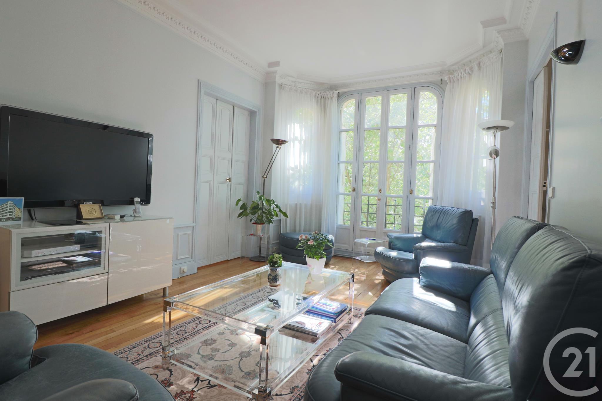 Appartement 3pièces 66m² à Paris 20e