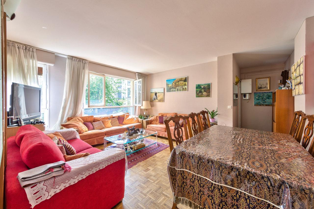 Appartement 4pièces 71m² à Paris 15e
