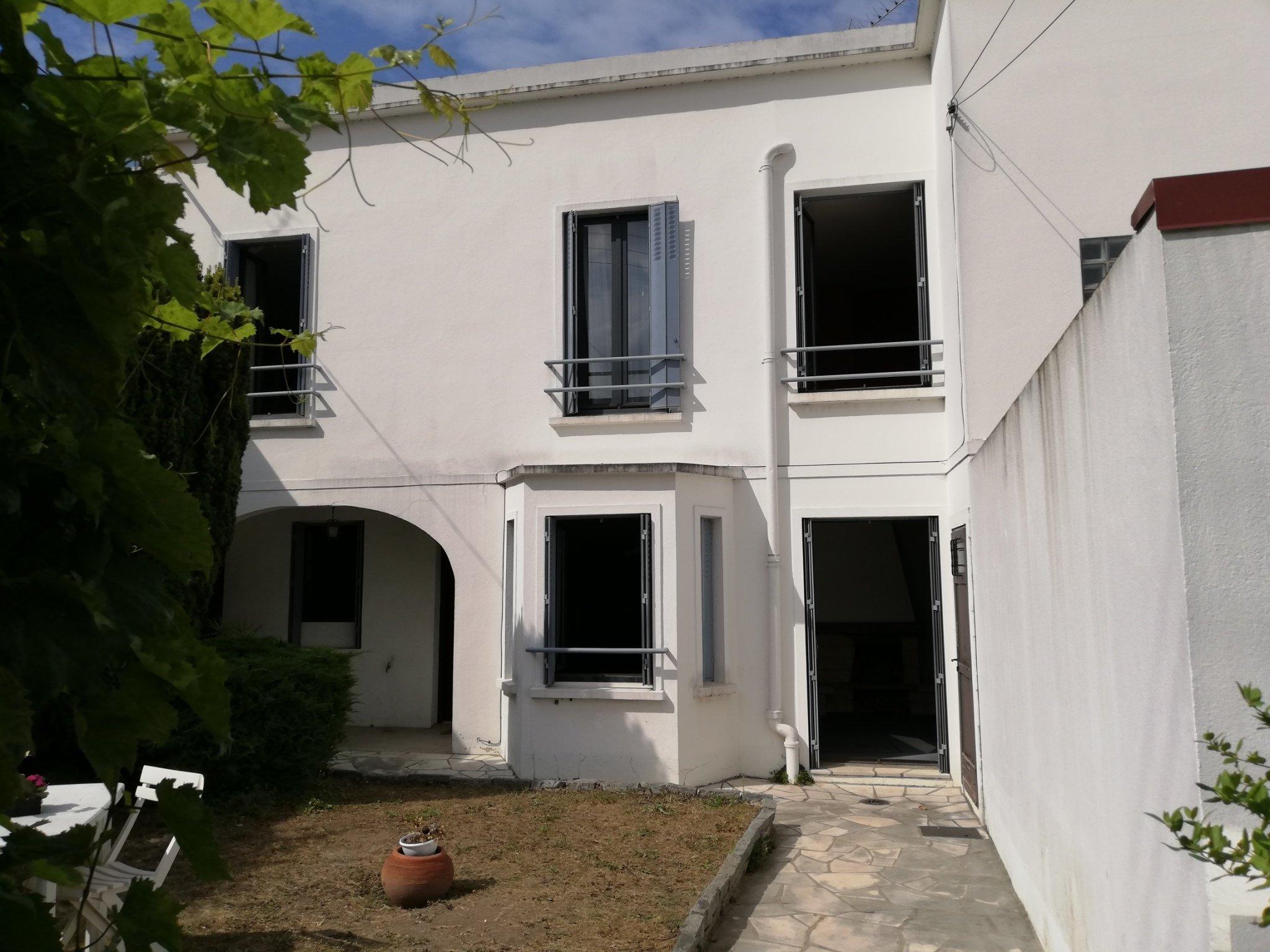 Maison a vendre houilles - 4 pièce(s) - 85 m2 - Surfyn
