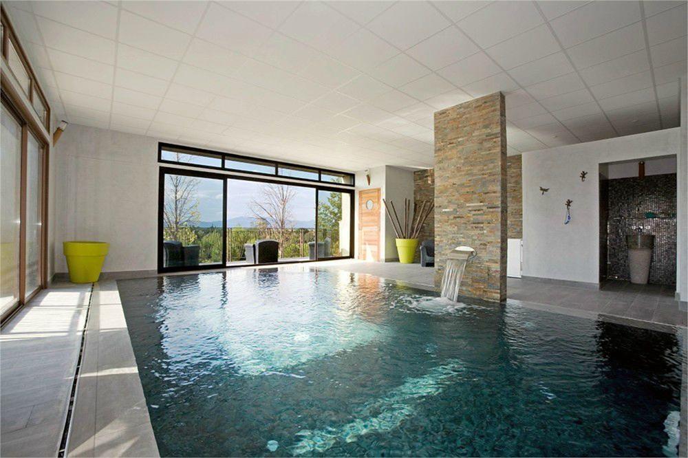Maison de caractère avec piscine intérieure, Perpignan