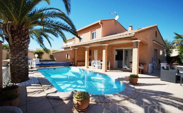 30ca52ffabbe48 Achat maison 6 pièces 140 m², Saint-Cyprien - 421 000 €