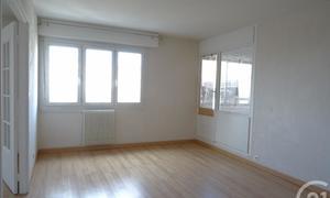 louer un appartement chartres la madeleine. Black Bedroom Furniture Sets. Home Design Ideas