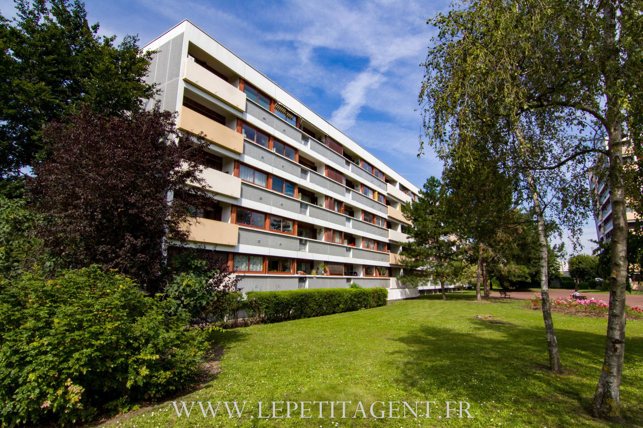 Appartement a vendre houilles - 4 pièce(s) - 70.41 m2 - Surfyn