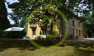 Maison 11pièces 375m² La Côte-Saint-André