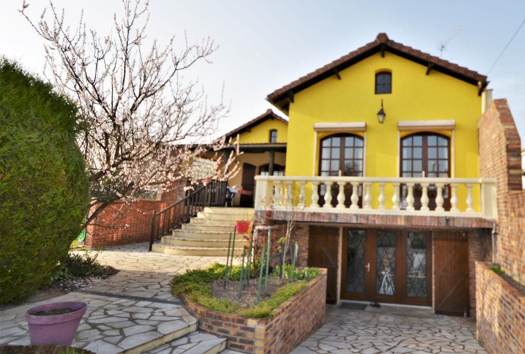 Maison a vendre houilles - 6 pièce(s) - 100 m2 - Surfyn