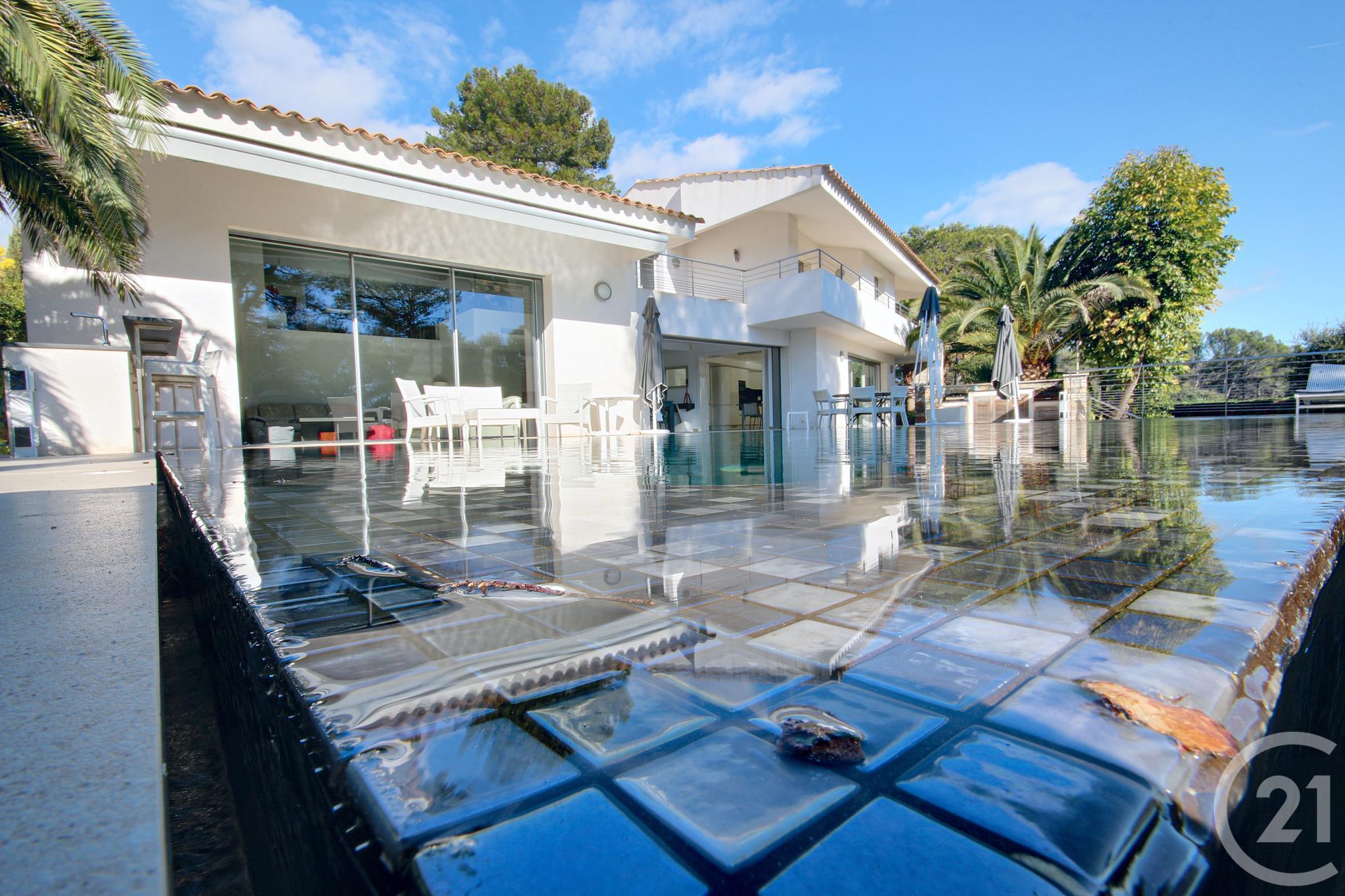 Maison 6pièces 280m² à Antibes