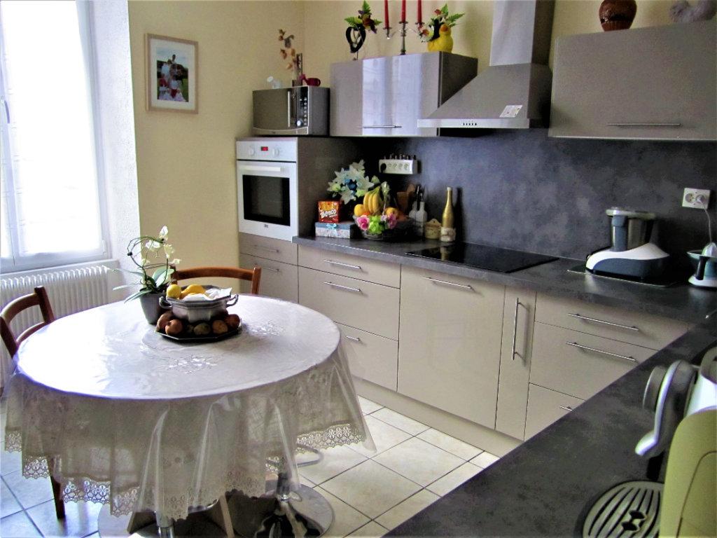 70000 Vesoul Maison  7 pièces 140 m2 à 155 990 euros