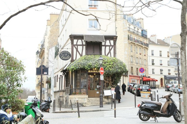 L 39 immobilier paris 18e montmartre sacr coeur - Parking porte de clignancourt paris 18 ...