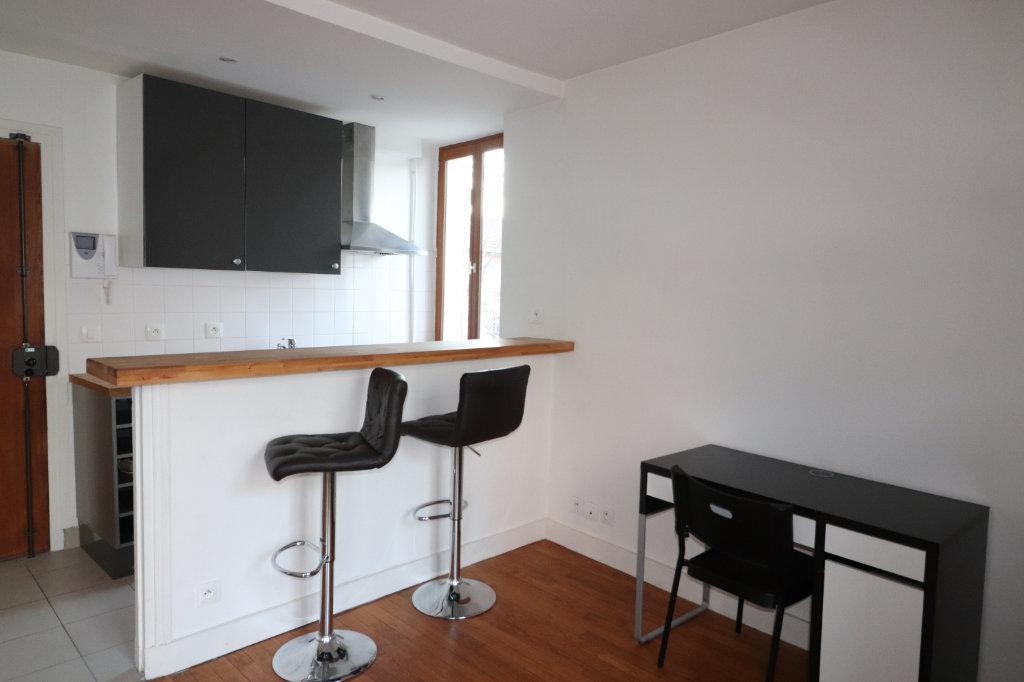 Appartement a louer nanterre - 1 pièce(s) - 26.56 m2 - Surfyn