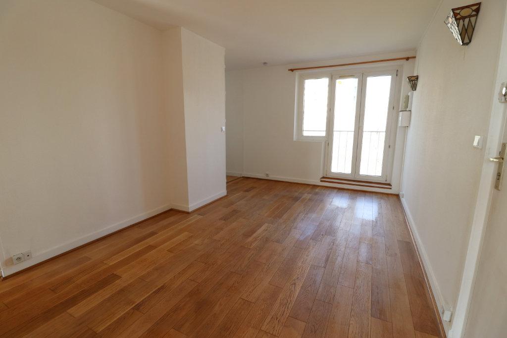 Appartement a louer nanterre - 3 pièce(s) - 44.98 m2 - Surfyn