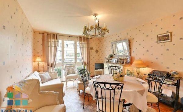 achat appartement 2 pi ces 53 m nantes 128 000. Black Bedroom Furniture Sets. Home Design Ideas