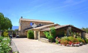 Maison 10pièces 277m² Cabrières-d'Avignon