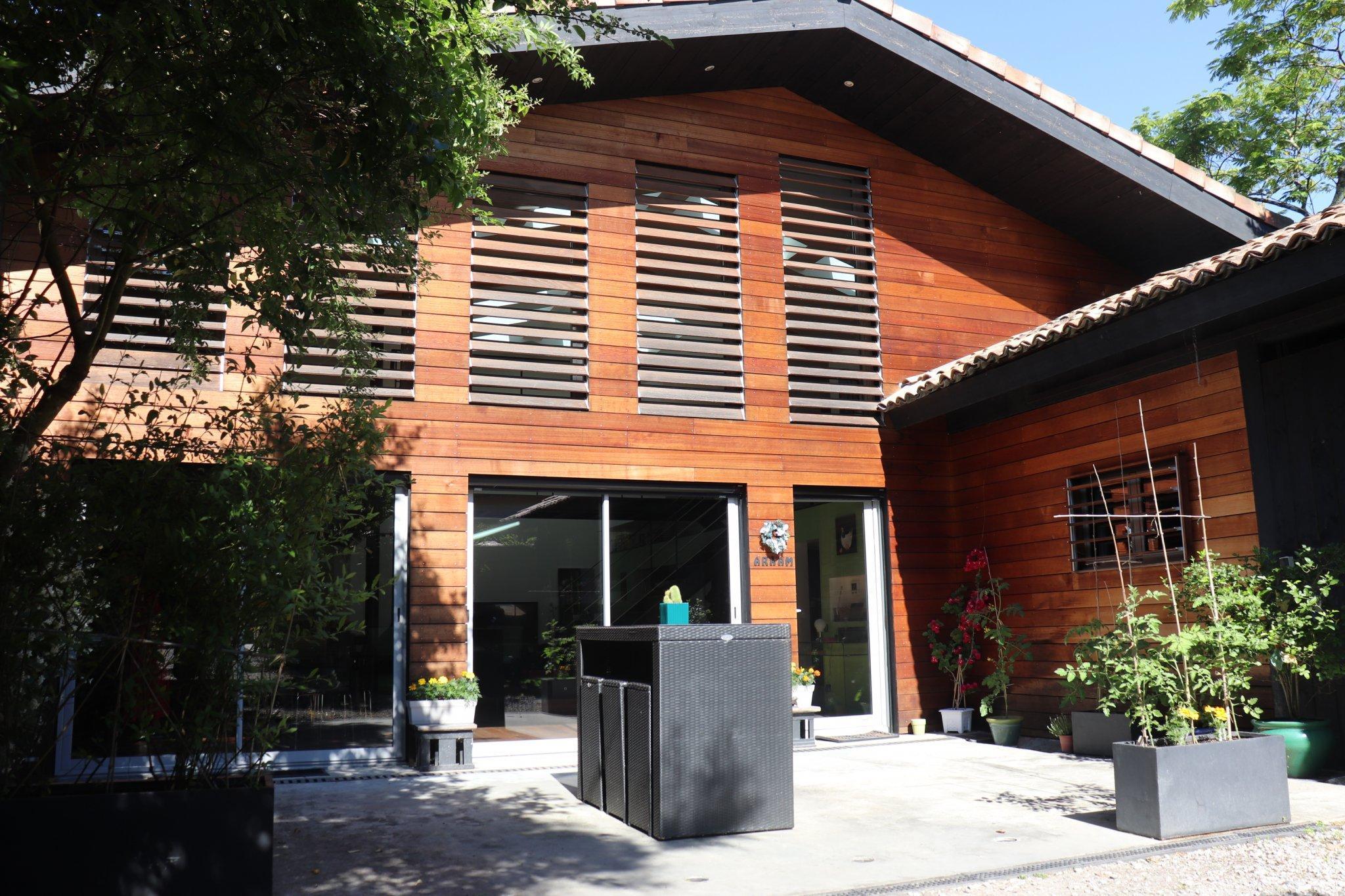 Maison type loft 190m2 Quartier Saint Bruno, centre ville Bor...
