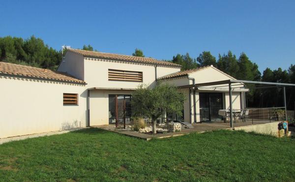 Achat maison 6 pièces 197 m², Laudun-l\'Ardoise - 395 000 €