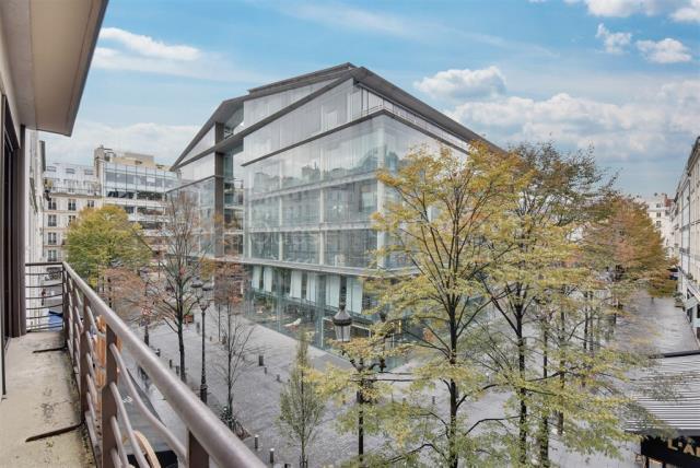 Appartement 4pièces 150m² à Paris 1er