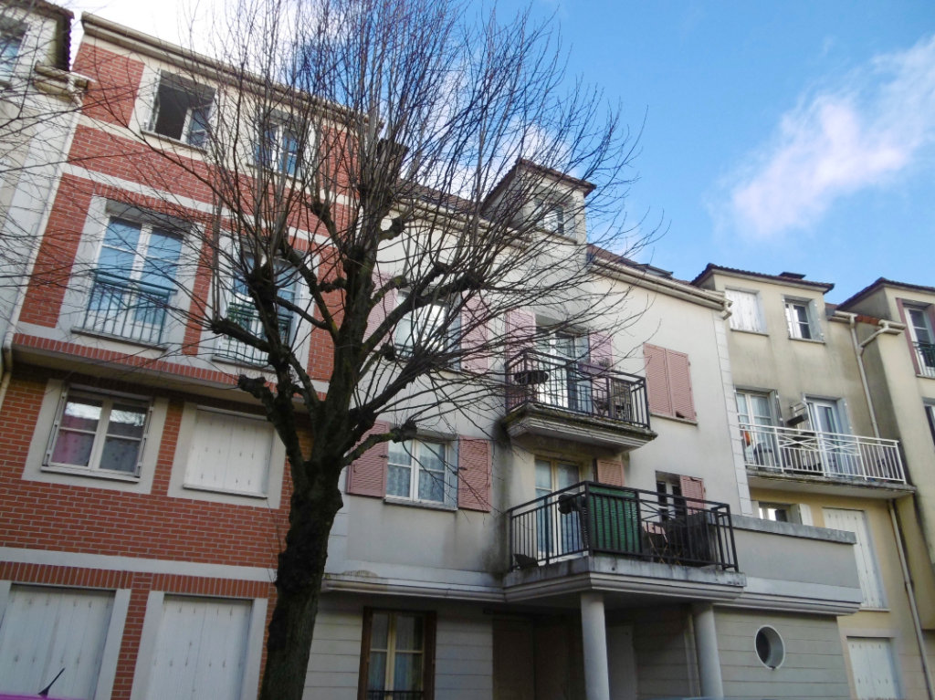 Studio 28 m² Bailly-Romainvilliers