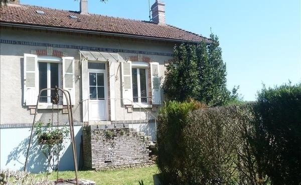 a2bf42cafb438a Achat maison 4 pièces 88 m², Charny-Orée-de-Puisaye - 54 200 €
