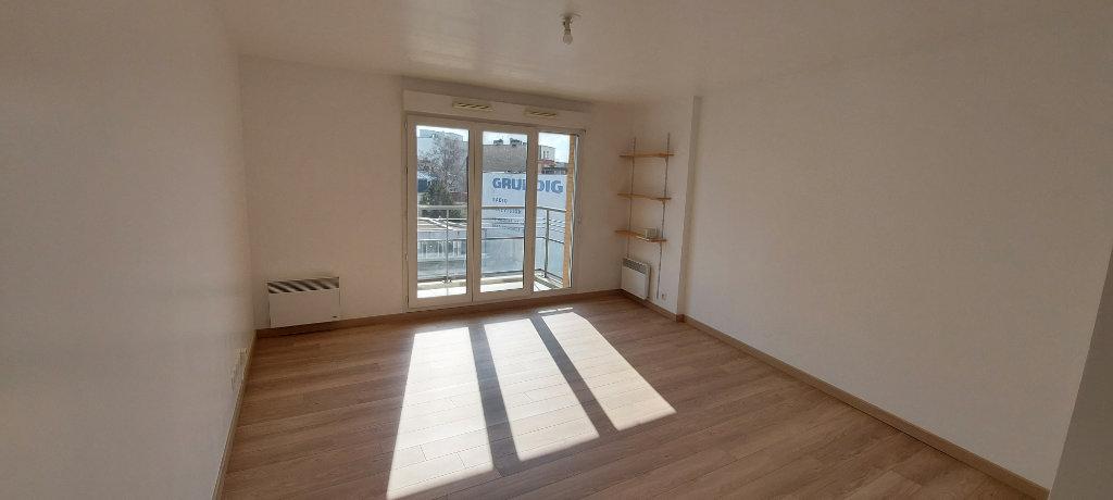 Appartement a louer nanterre - 3 pièce(s) - 64.1 m2 - Surfyn