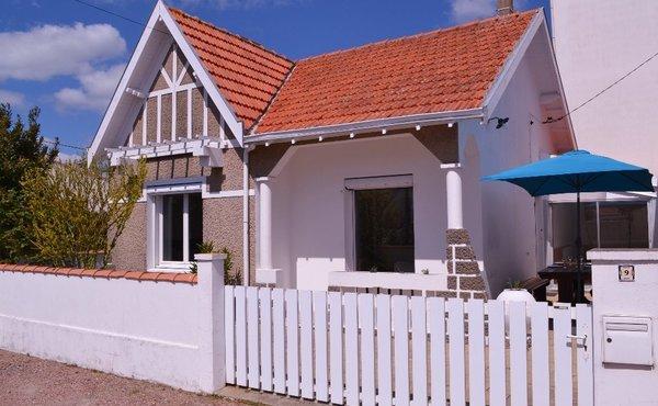 Maison A Vendre Saint Gilles Croix De Vie 85800 Achat Maison Bien Ici