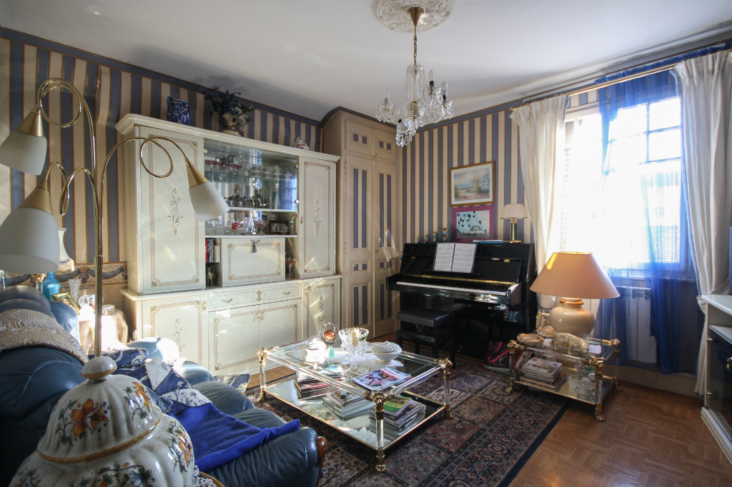 achat appartement 3 pi ces 70 m annecy 210 000. Black Bedroom Furniture Sets. Home Design Ideas
