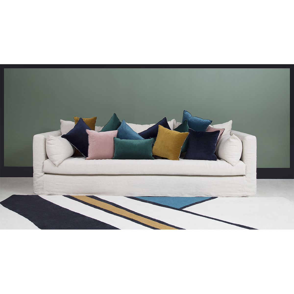The sofa, the centerpiece of your living room