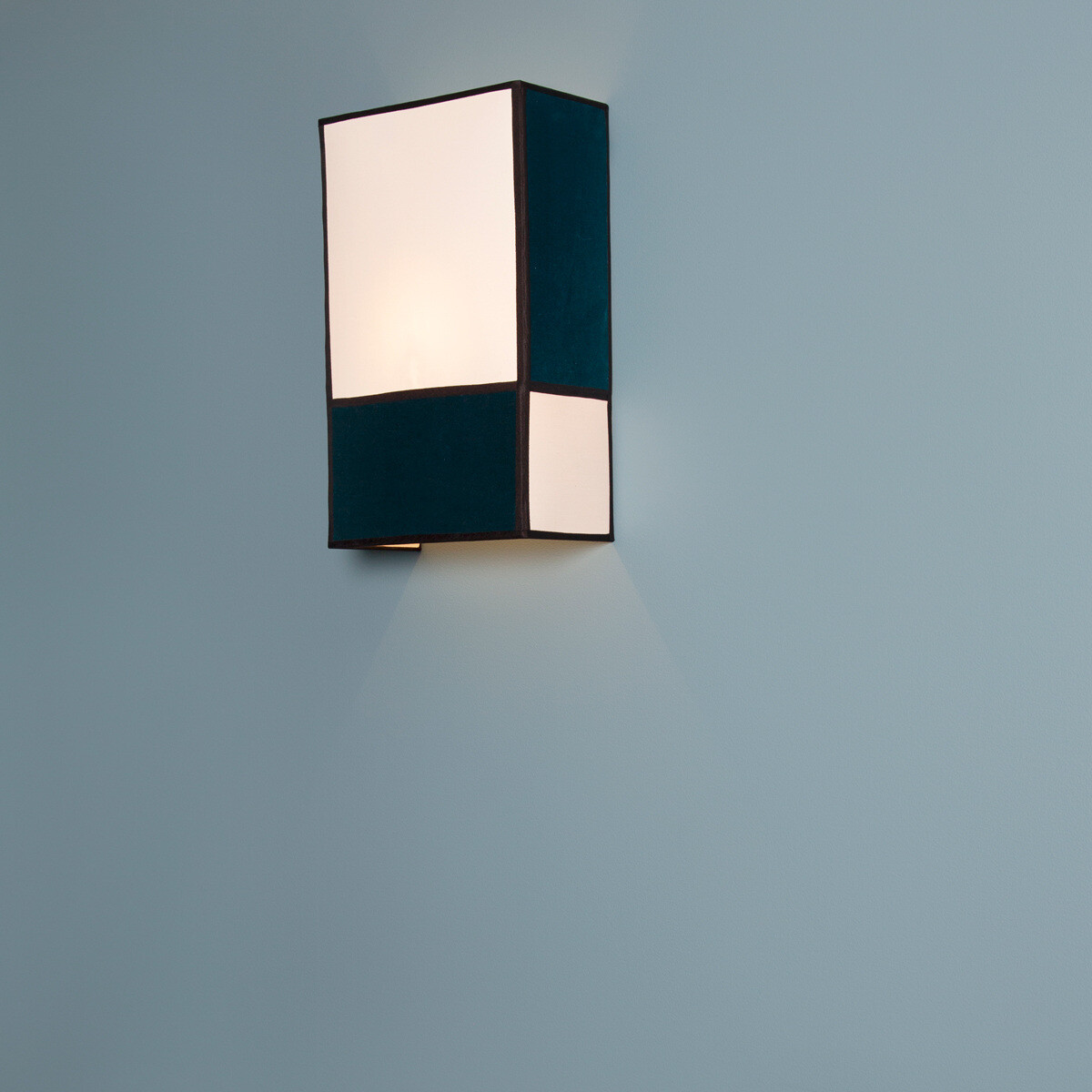Radieuse Wall Lamp Velvet