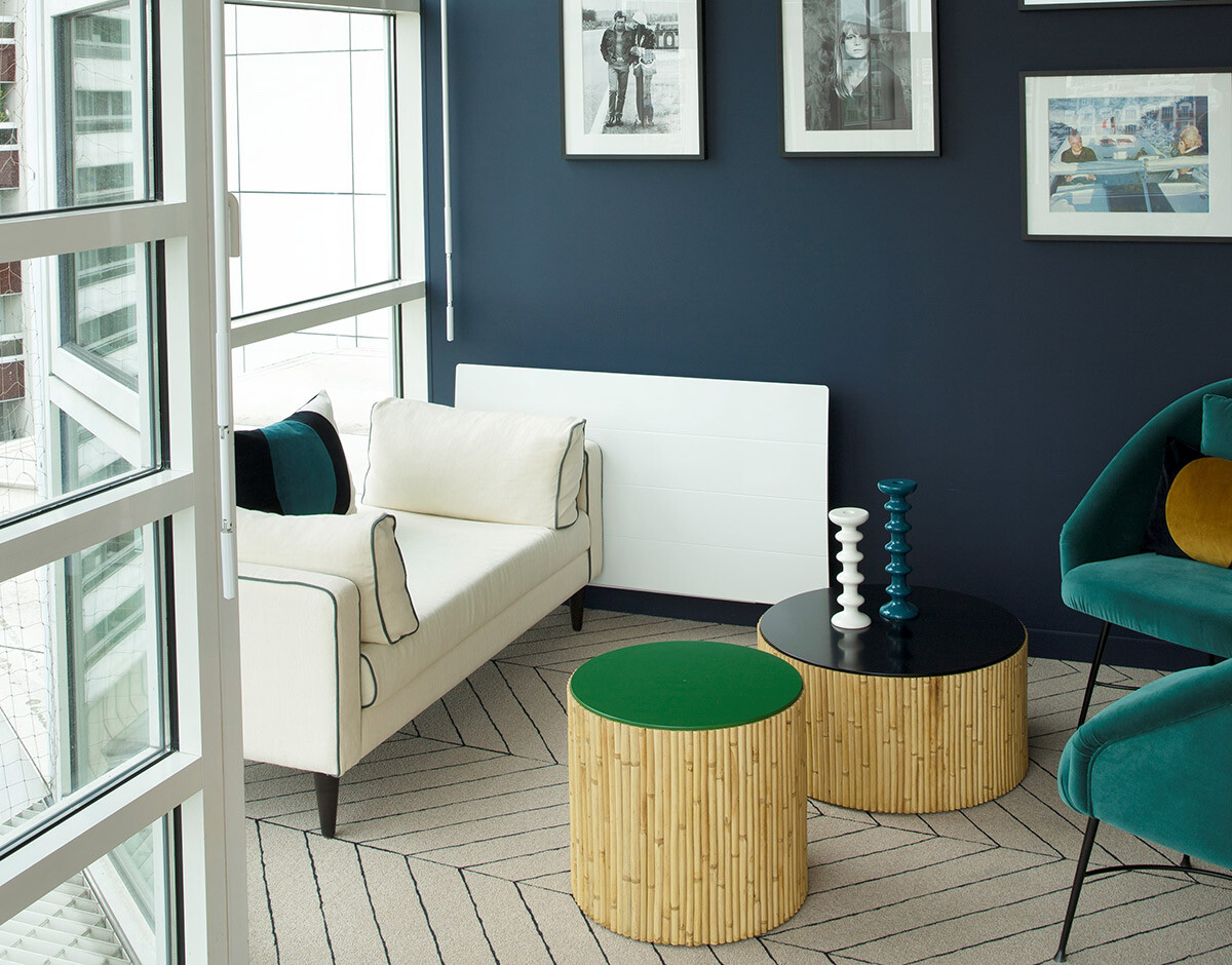 with duo of coffee tables Riviera