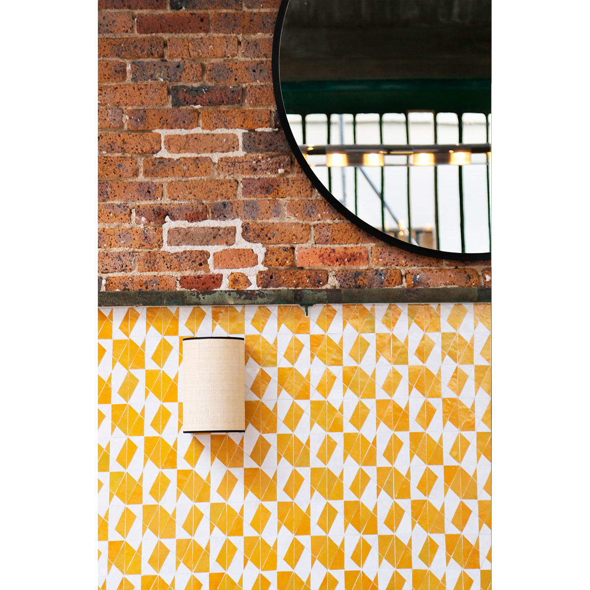 Sperone Wall Lamp