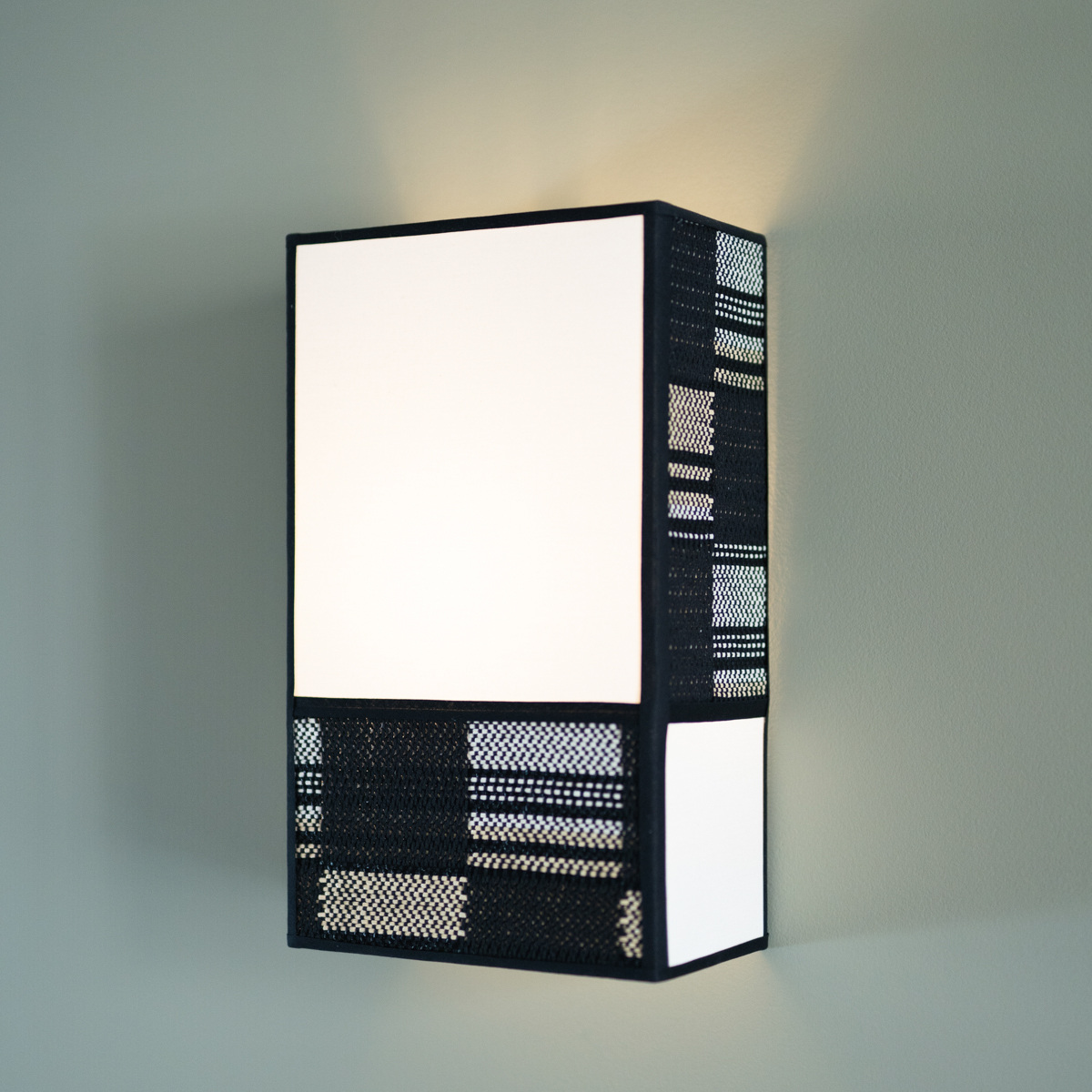 Radieuse Wall Lamp